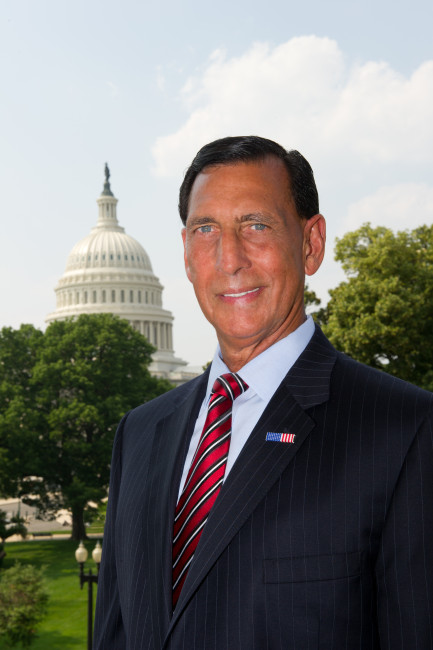 LoBiondo official portrait