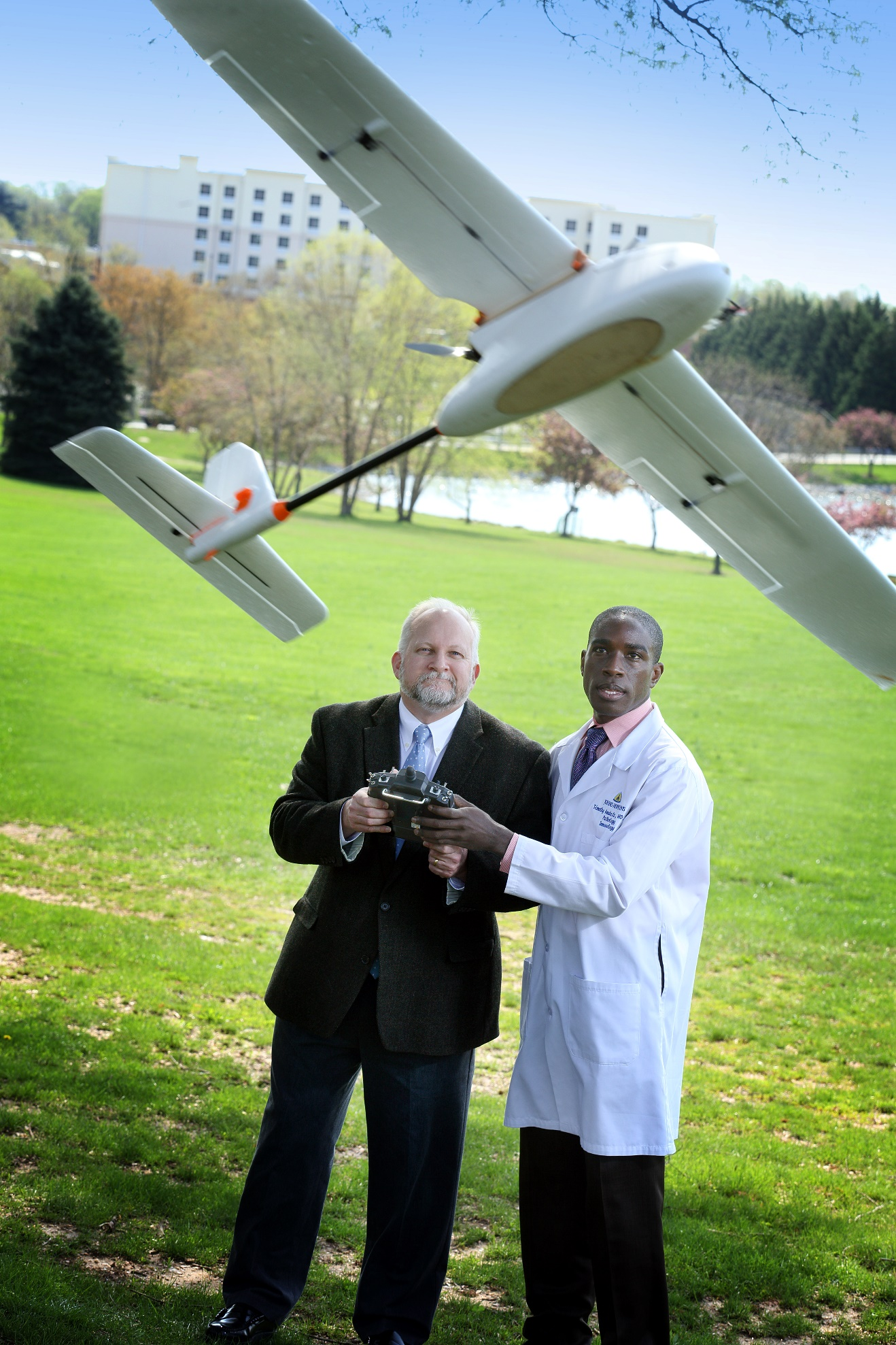 Pathologist Timothy Amukele teamed with Robert Chalmers and other engineers to create a drone courier system that transports blood to diagnostic laboratories. Johns Hopkins Medicine