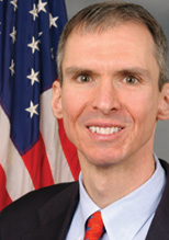 5_Good_Questions_Lipinski_headshot(1)