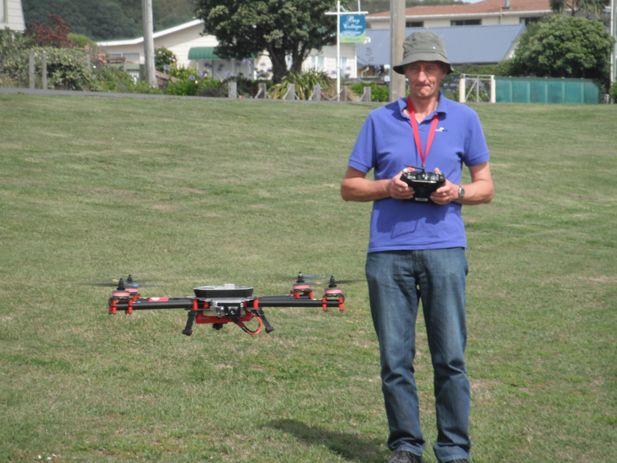 Engineer and quadcopter
