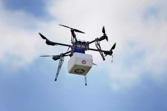 The Flirtey UAS transported the package of medical supplies to the fairgrounds, where it was lowered via tether. Jim Stroup, Virginia Tech