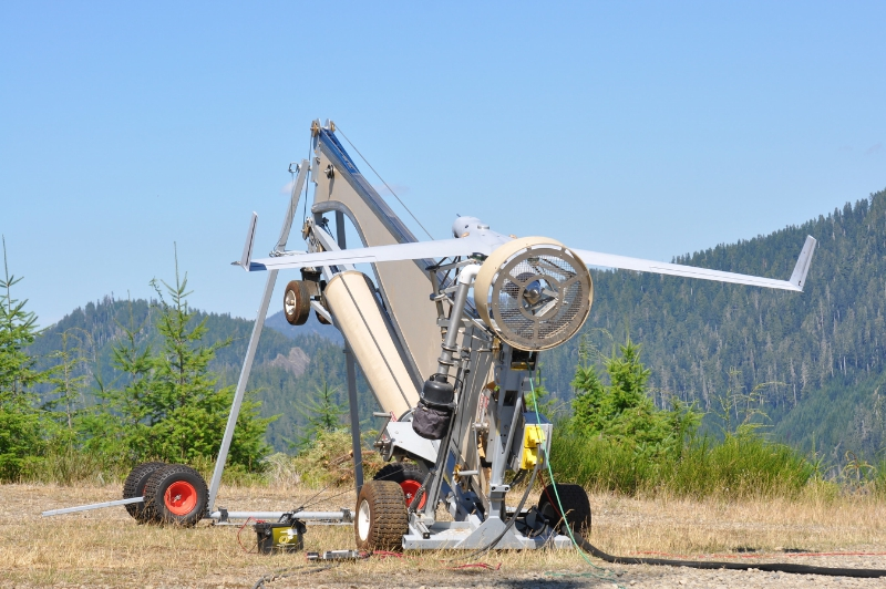 Insitu ScanEagle prepares to launch over the Paradise Fire in Olympic National Park in Washington (PRNewsFoto/Insitu)